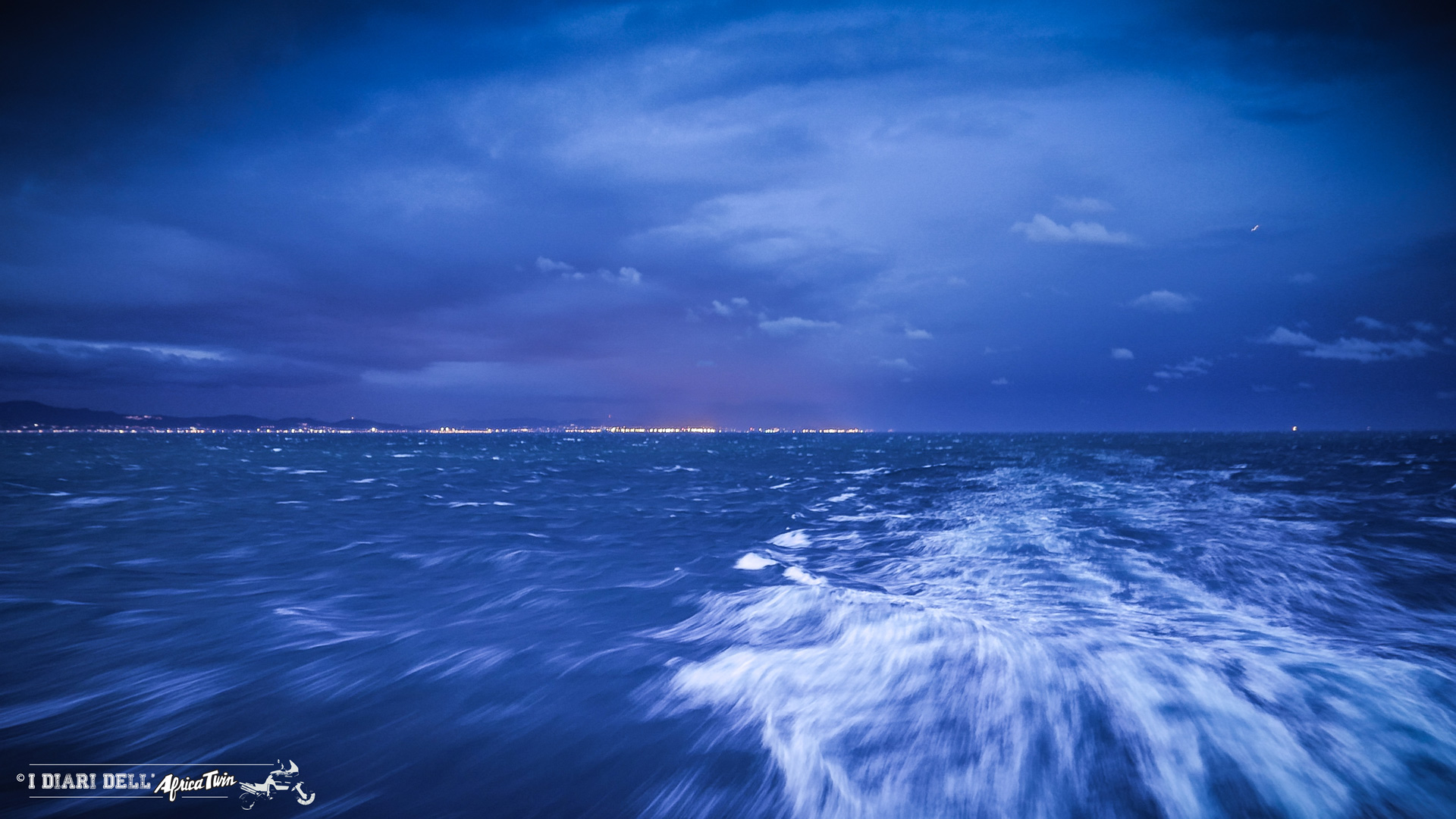 In pieno Mar Mediterraneo.