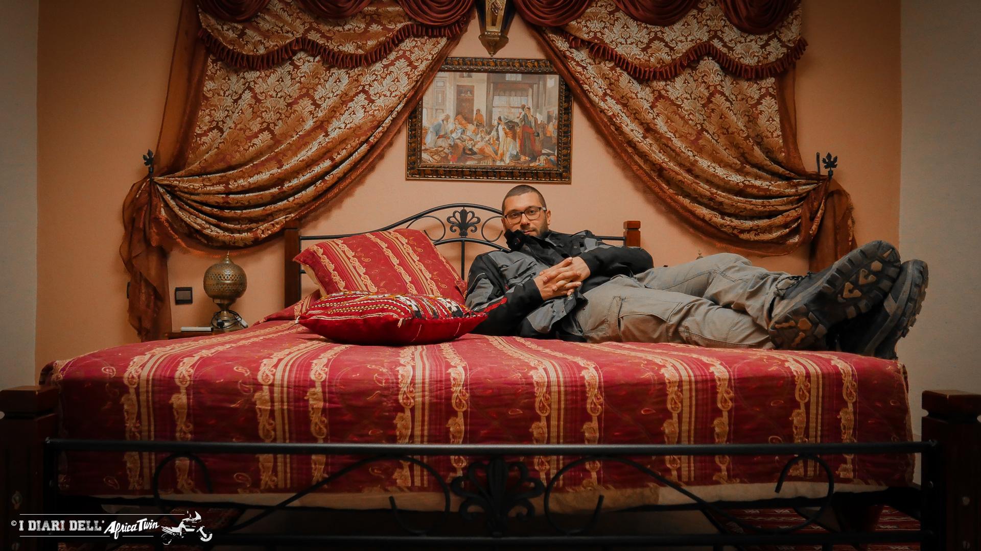 Fes, uno dei tanti riad del Marocco