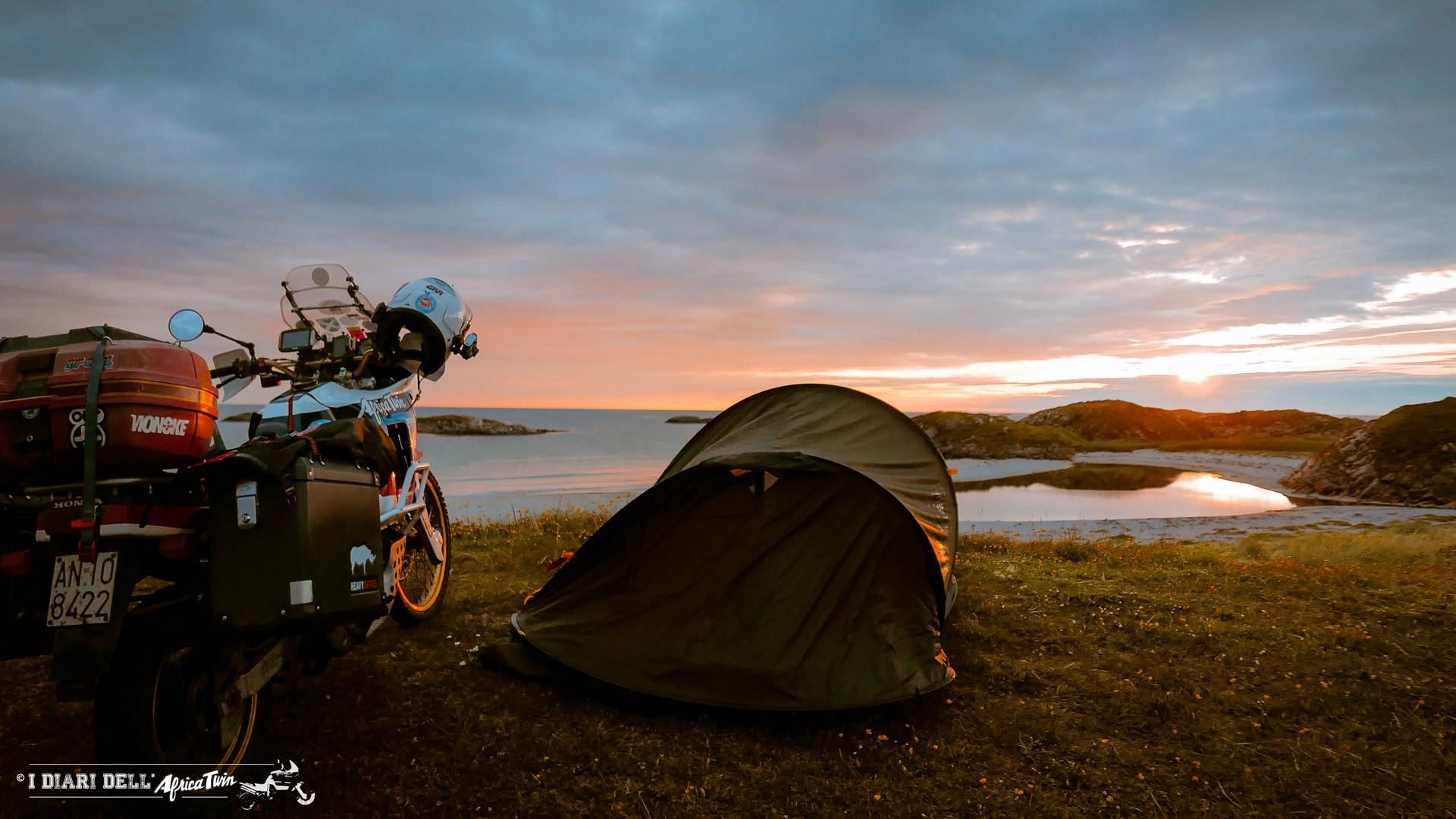 campeggio isole lofoten caponord in moto