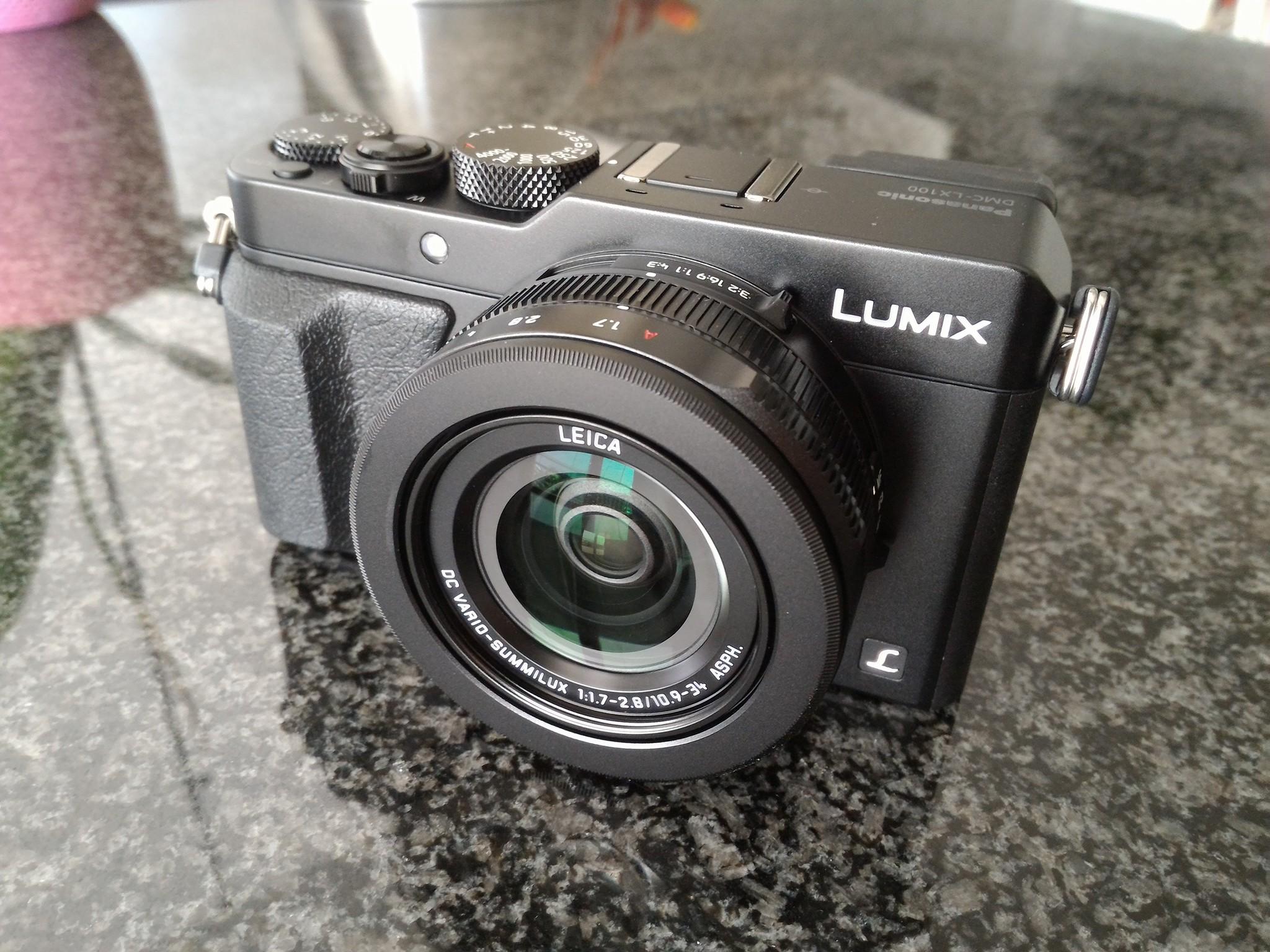 attrezzatura foto e video per viaggi in moto macchina fotografica