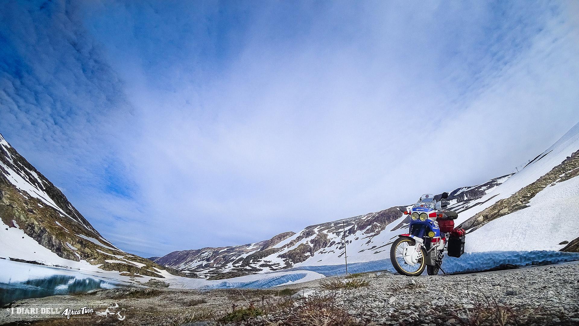 caponord in moto paesaggi norvegia