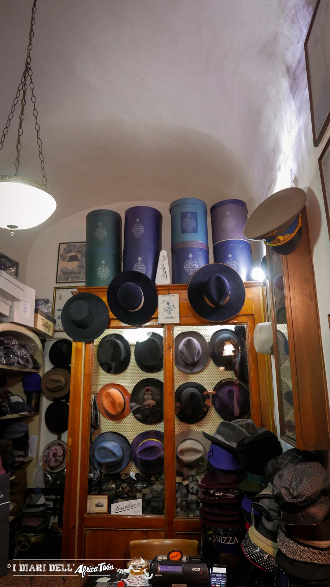 Esposizione di cappelli
