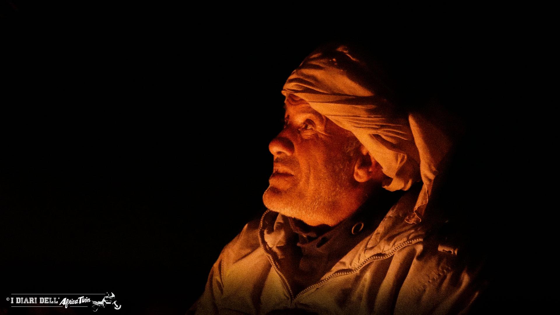 berbero-deserto-notte-tenda