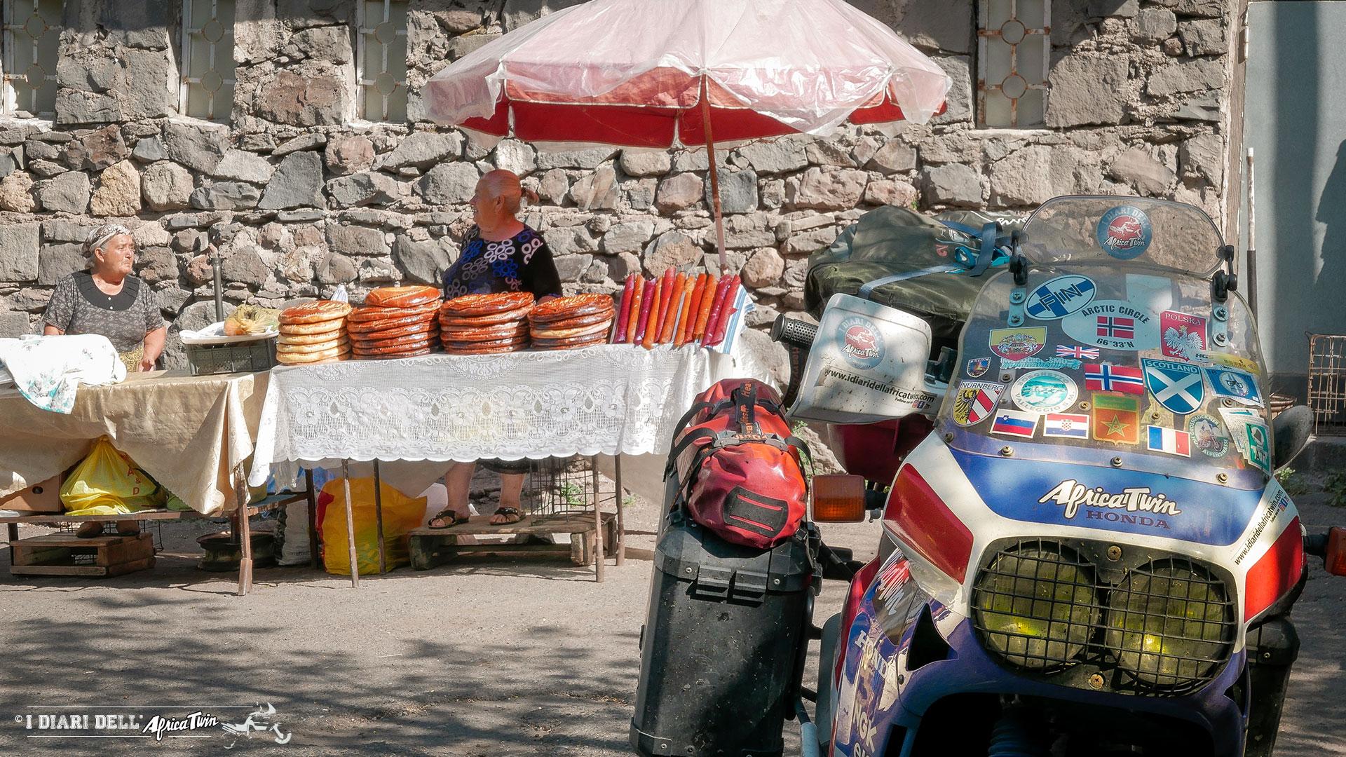 georgia-armenia-in-moto-incontri-di-viaggio